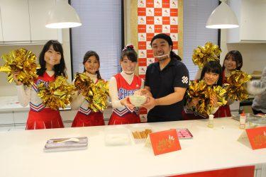 新宿の名物チア・全日本女子チア部☆が徳島「支那そば三八」と応援動画付きラーメン『御めで鯛らーめん』を販売